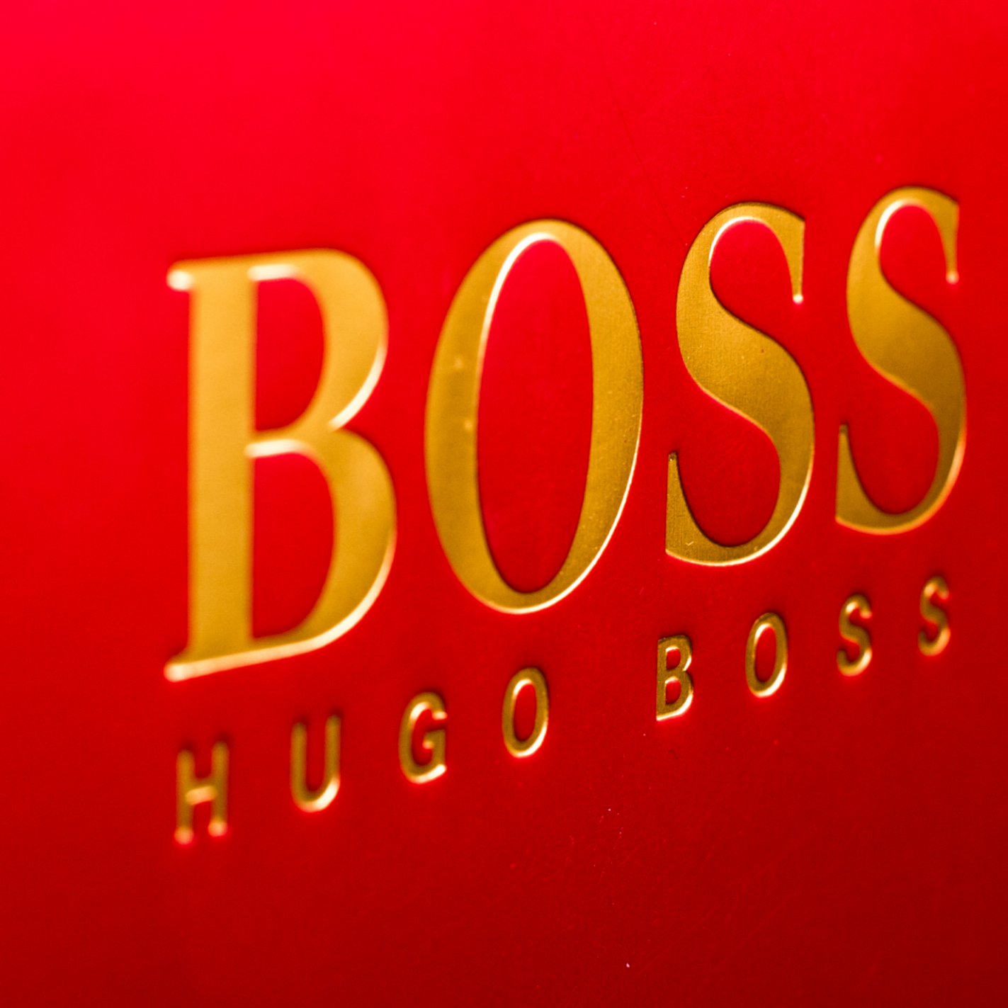 CCS MCLAYS – PROUD PACKAGING SUPPLIERS FOR HUGO BOSS' RENOVATED CHAMPS-ÉLYSÉES FLAGSHIP STORE
